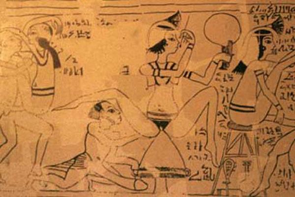 egipcios antiguos en la cama 7