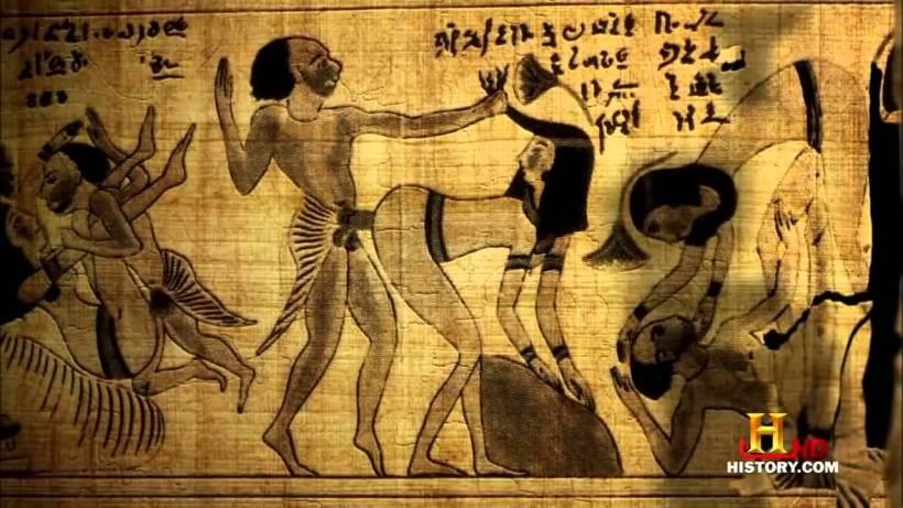 egipcios antiguos en la cama 8