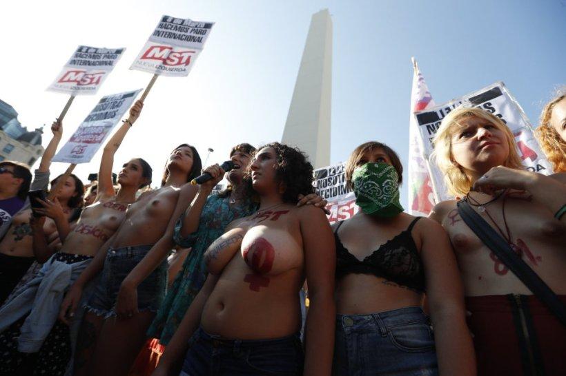 Buenos Aires el tetazo 5